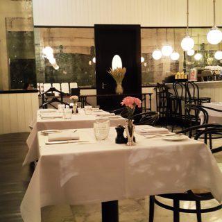 cafe claire คาเฟ่บรรยากาศน่านั่ง ถ.วิทยุ ร้านอาหารบรรยากาศดี ถ.วิทยุ