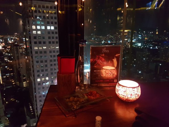 Bangkok Heightz ร้านอาหารบรรยากาศดี บนดาดฟ้า Rooftop กรุงเทพ
