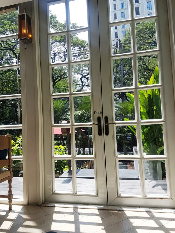 The Bakery คาเฟ่บรรยากาศสวย ร้านกาแฟน่านั่ง ถ.วิทยุ Afternoon Tea อร่อยในกรุงเทพ